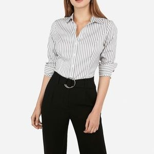 NWT BANANA REPUBLIC STRIPED BUTTON FRONT